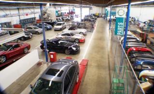 Indoor collision repair production area, Bodytech, Ventura